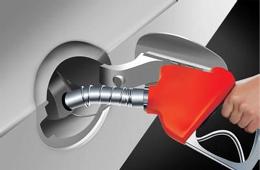 汽车油箱加油有误差 油表数值不可靠