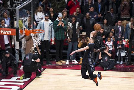 """NBA""""扣战""""大赛:拉文力克戈登夺冠"""
